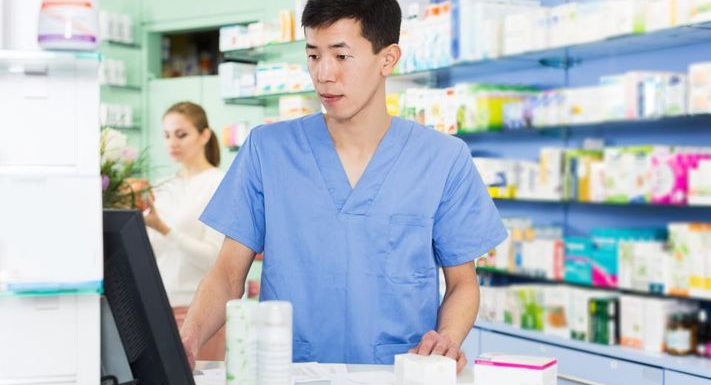 How Data Analytics And Artificial Intelligence Are Changing The Pharmaceutical Industry